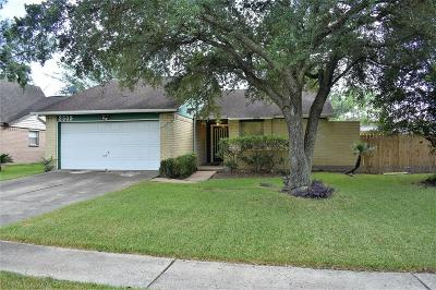 League City TX Single Family Home For Sale: $145,000