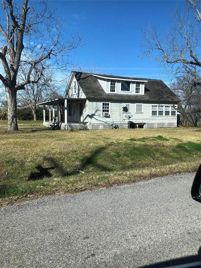 La Porte Single Family Home For Sale: 233 S Virginia Street