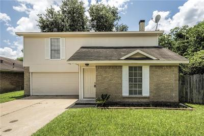 Houston Single Family Home For Sale: 9439 Cedar Point Circle
