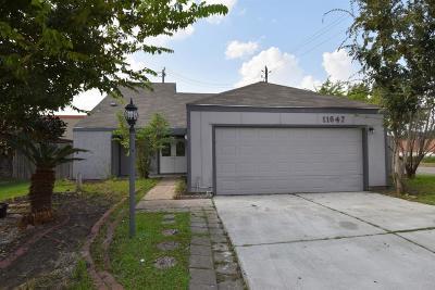 Houston TX Single Family Home For Sale: $189,999
