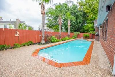 New Territory Single Family Home For Sale: 6411 Laurel Bush Lane