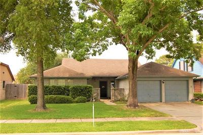 La Porte Single Family Home For Sale: 10903 Dogwood Drive