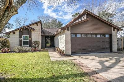 League City Single Family Home For Sale: 505 Magnolia Bend Street