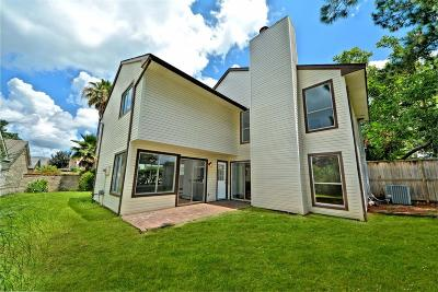 Single Family Home For Sale: 1714 Plumbwood Way