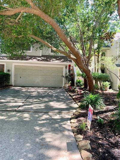 The Woodlands Condo/Townhouse For Sale: 10 N Walden Elms Circle
