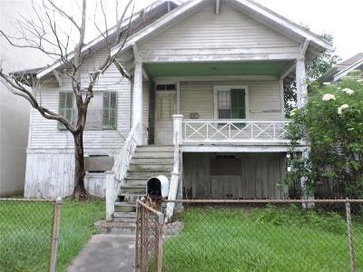 Galveston Single Family Home For Sale: 715 Post Office Street