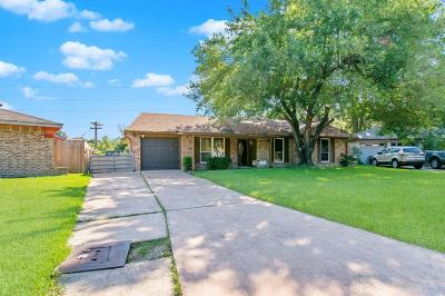 Single Family Home For Sale: 6322 French Chateau Drive