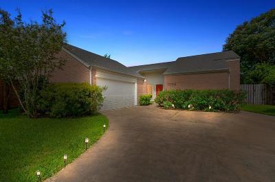 Houston Single Family Home For Sale: 2002 Ashford Hollow Lane
