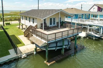 Jamaica Beach Single Family Home For Sale: 4402 Bob Smith Drive