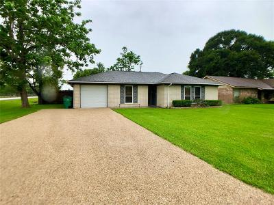 Alvin TX Single Family Home For Sale: $171,900