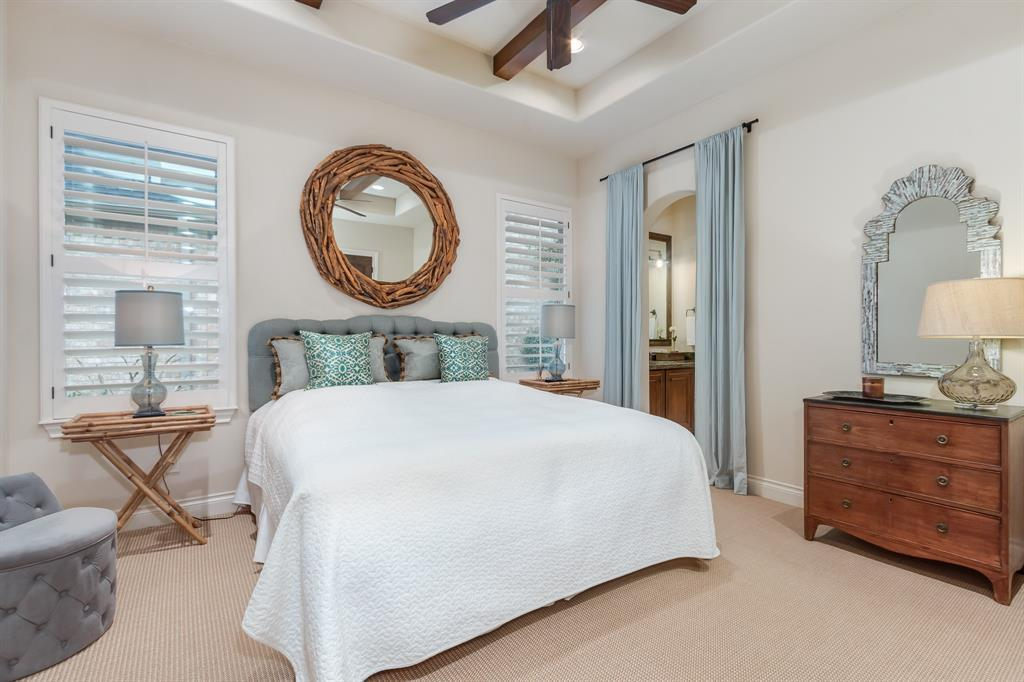 Listing: 22 W Cartouche Circle, The Woodlands, TX.| MLS# 97237263 ...