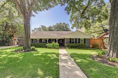 Houston Single Family Home For Sale: 5219 Piping Rock Lane