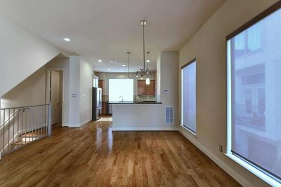 Condo/Townhouse For Sale: 1908 Woodbury
