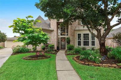 Kingwood Single Family Home Option Pending: 3010 Heather Lake Court