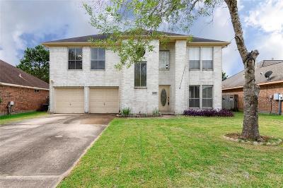 Alvin Single Family Home For Sale: 2850 Community Drive