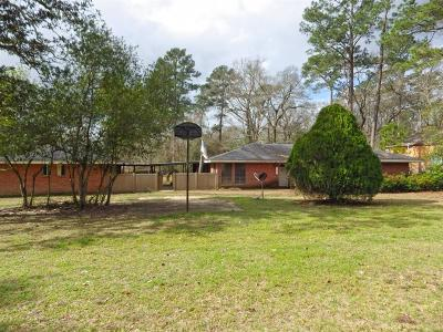 New Caney Single Family Home For Sale: 132 White Oak Drive N