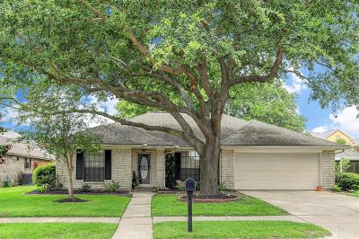 Deer Park Single Family Home For Sale: 3813 Regency Drive