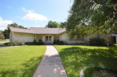 Single Family Home For Sale: 18503 Kingstown Court