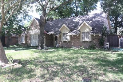 Houston Single Family Home For Sale: 4306 Woodvalley Drive