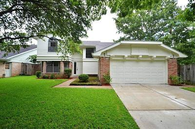 Sugar Land Single Family Home For Sale: 3319 Stillmeadow Court