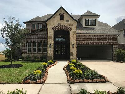 Missouri City Single Family Home For Sale: 10126 Cypress Path
