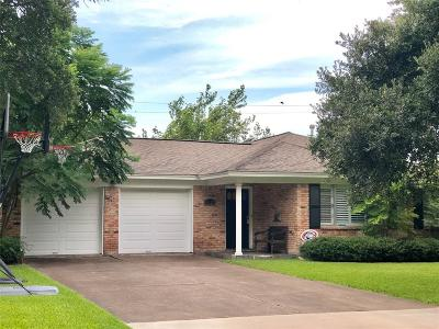 Houston Single Family Home For Sale: 5612 Flack Drive