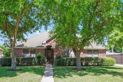 Jersey Village Single Family Home For Sale: 8405 Rio Grande Street