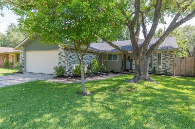 Friendswood Single Family Home For Sale: 16735 Tibet Road