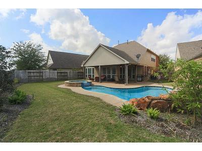 Sugar Land Single Family Home For Sale: 6611 Larocke Trl