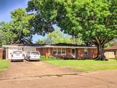 Pasadena Single Family Home For Sale: 1905 Leroy Drive