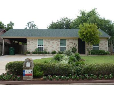 Houston Single Family Home For Sale: 3123 Woodmont Drive