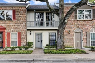 Houston Condo/Townhouse For Sale: 12672 Rip Van Winkle Drive #3