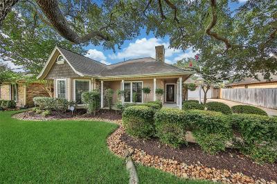 Pasadena Single Family Home For Sale: 6506 Saint Andrews Drive