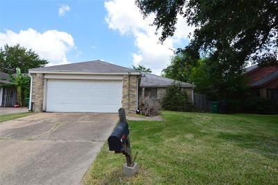 Houston Single Family Home For Sale: 9618 Sharpcrest Street