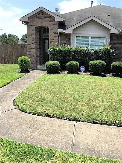 Humble TX Single Family Home For Sale: $171,500