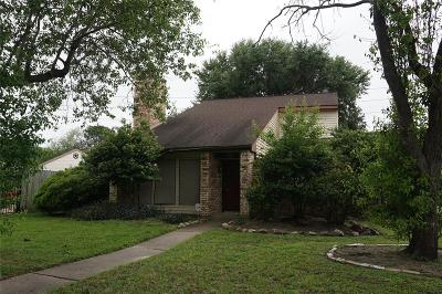 Houston Single Family Home For Sale: 8327 Town Creek Drive
