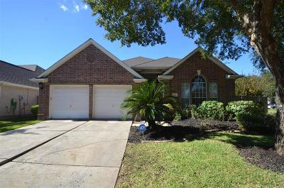 Sugar land Single Family Home For Sale: 1723 Wind Trace Cove