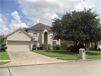 Fresno TX Single Family Home For Sale: $220,000