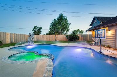 Houston Single Family Home For Sale: 13015 Mossy Bark Lane