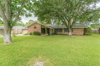 La Porte Single Family Home For Sale: 634 Fairfield