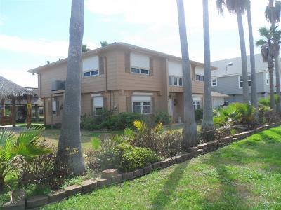 Hitchcock Single Family Home For Sale: 950 Bonita Street