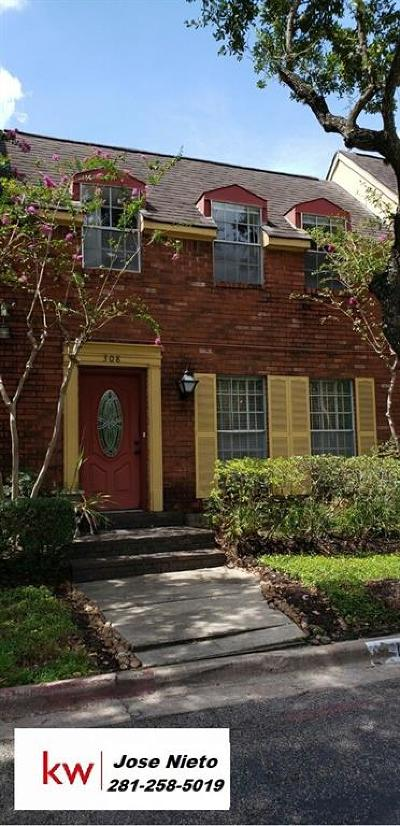 Houston Condo/Townhouse For Sale: 11550 Chimney Rock Road #308