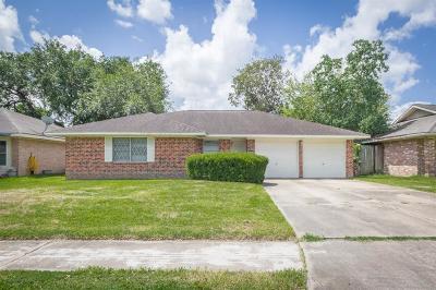 Deer Park Single Family Home For Sale: 733 E Lambuth Lane