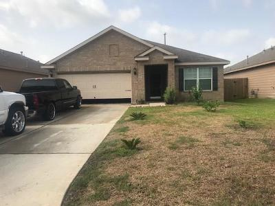 Conroe Single Family Home For Sale: 2011 Lost Pine Court