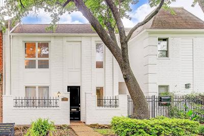 Houston Condo/Townhouse For Sale: 7624 Olympia Drive