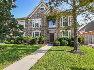 Seabrook Single Family Home For Sale: 2532 Wild Oak Forest Lane