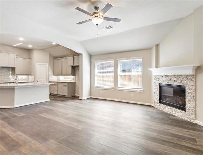 Willis Single Family Home For Sale: 148 Silva Creek Trail
