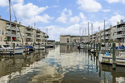 Seabrook Condo/Townhouse For Sale: 4749 Nasa Road 1 #54