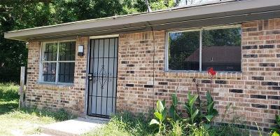 Houston Multi Family Home For Sale: 8119 Bertwood Street