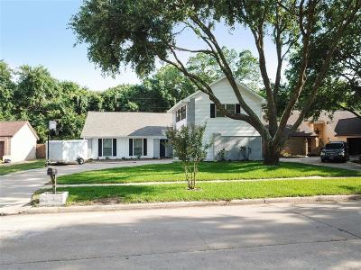 Single Family Home For Sale: 15607 Pine Mountain Drive